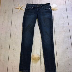 Woman's 524 Levi's Jeans Too Super Low Size 5 Med.